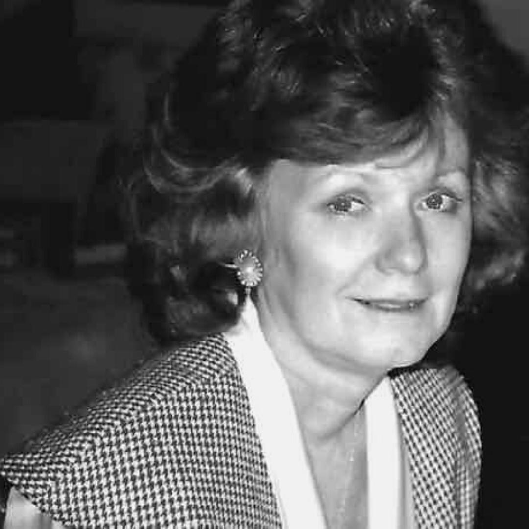 ELLIE BYRA